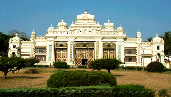 Top 5 palaces of karnataka for Architecture design for home in mysore